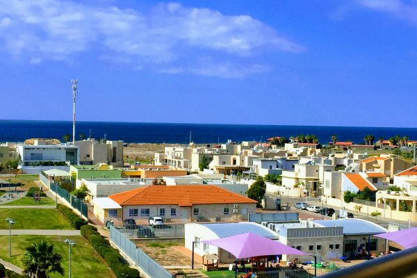 Sea view apartment in Acre