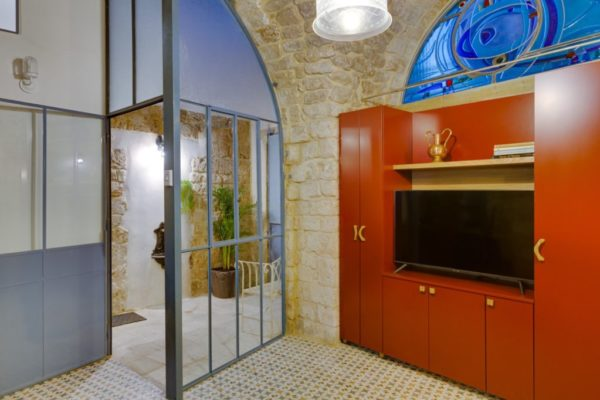 Restord 60 sqm apartment with 40 sqm terrace, in Acre old city